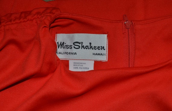 1970s Shaheen Red Blouse.  Gathered shoulders.  M… - image 8
