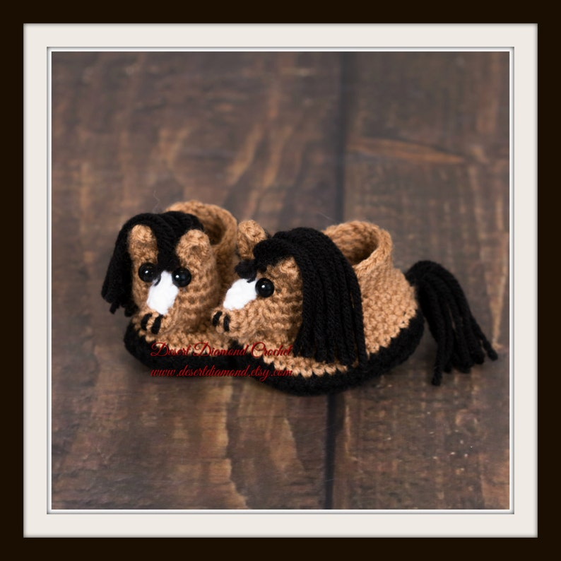Crochet Pattern 118  Horse Pony Baby Booties  5 Sizes image 0