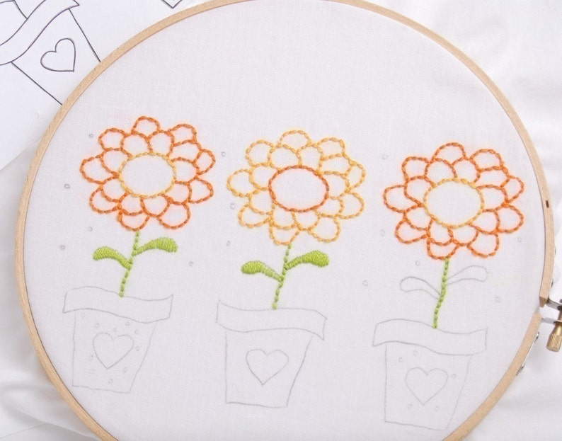 Zinnia Embroidery Pattern Flower Embroidery Design Summer image 0