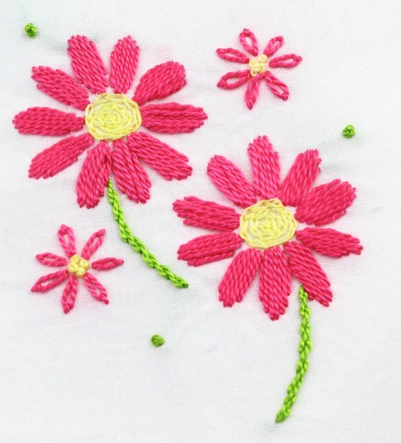 daisy hand embroidery pattern daisy embroidery daisy design image 0