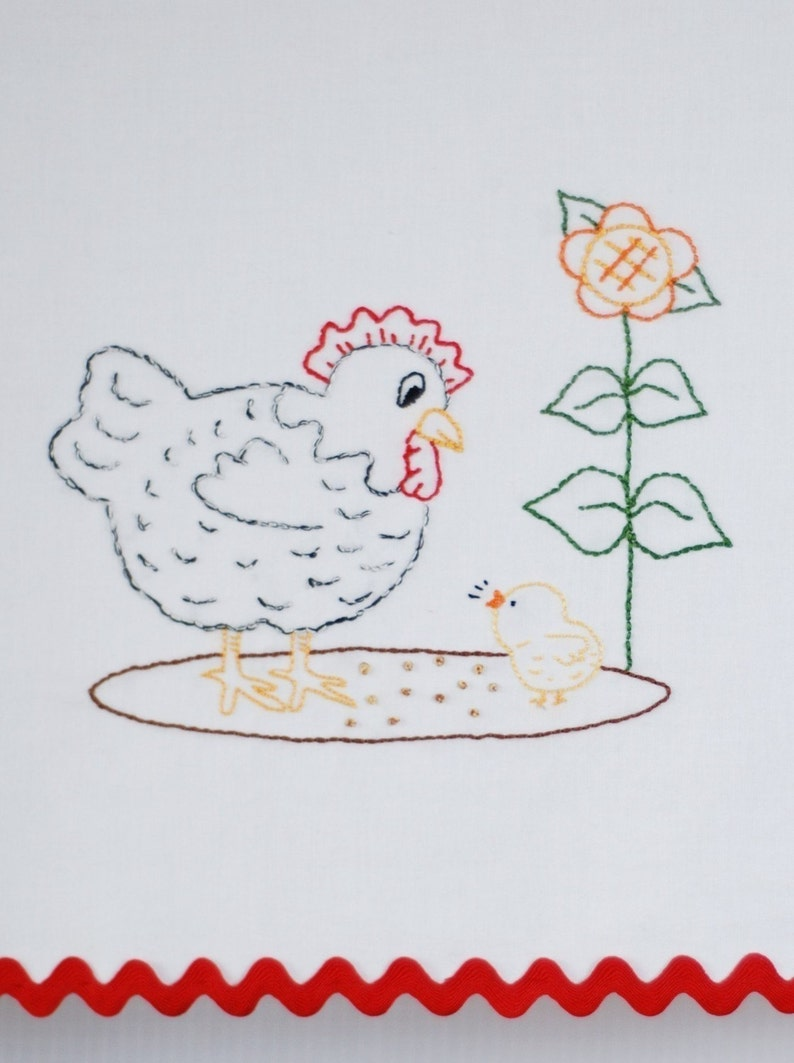 Chicken Embroidery Pattern Hen and chick embroidery pattern image 0
