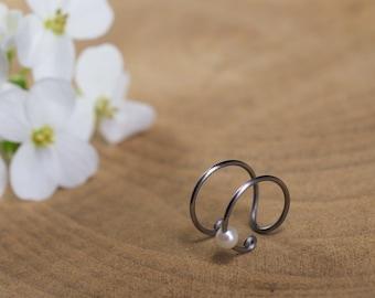 28a56b6470a Bague d oreille en titane helix - Anneaux de cartilage sans piercing -  Perle de culture blanche - Hypoallergénique