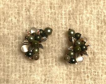 vintage 50s clip on earrings / metallic bead stack clip earrings / fancy formal evening cluster earrings / costume jewelry