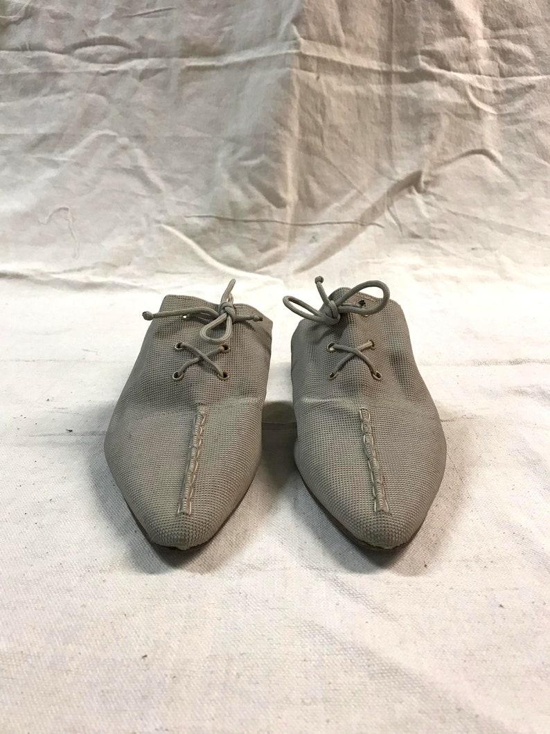 57438f0b1bb59 vintage 90s pointed toe lace up minimal kitten heel mule / elastic upper  neutral heeled slide
