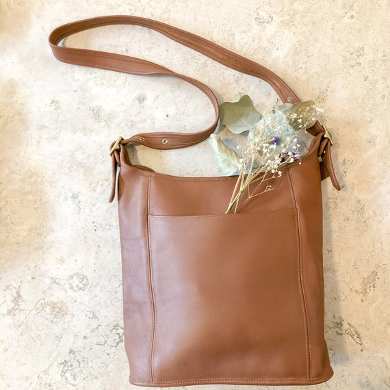 vintage coach bucket bag / large brown leather rar