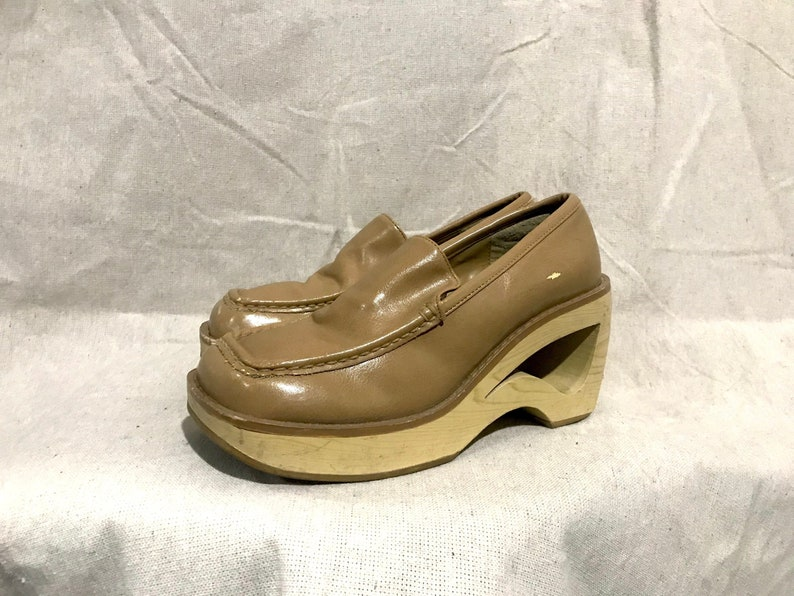 9f67c759b27b1 vintage 90s cutout heel platform loafers / square toe chunky wedge slip on  shoes