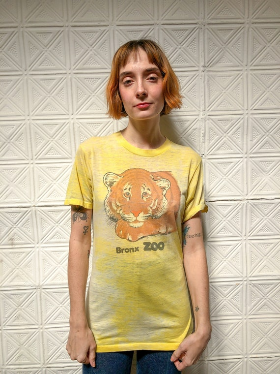 vintage 80s paper thin graphic tee / 1980s worn th