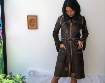 vintage 70s brown leather dress / leather duster with knit sleeves / belted brown patchwork leather coat