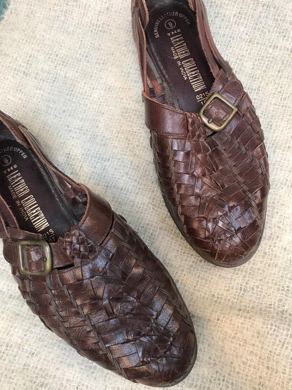 vintage mens huarache sandal / brown woven leathe… - image 3
