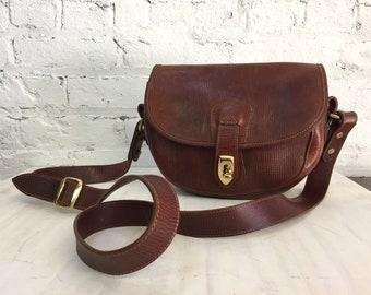 vintage Dooney & Bourke textured brown leather turnlock saddlebag crossbody / embossed leather flap shoulder bag