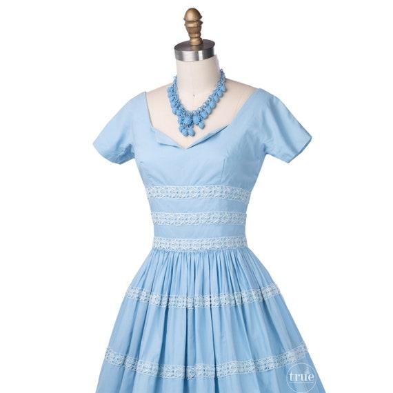 vintage 1950's dress ...pretty blue cotton Gigi Y… - image 3