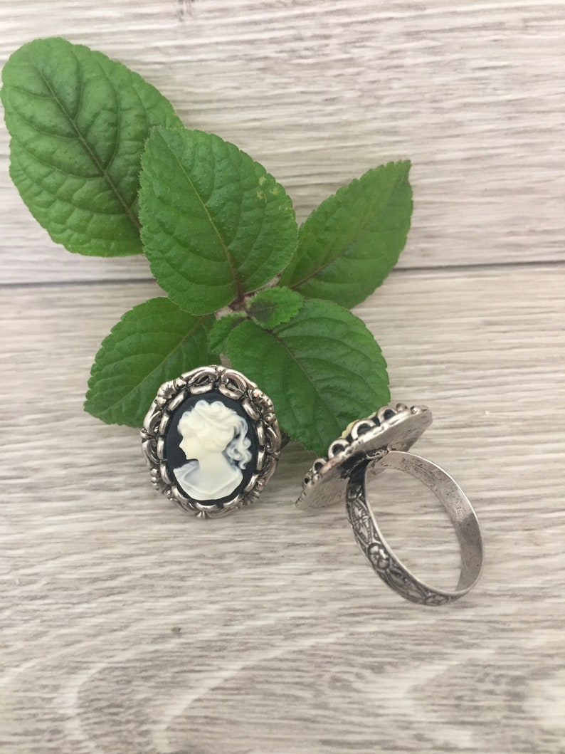 Victorian Ponytail Lady CAMEO RING Silver Adjustable