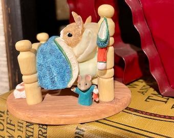 Vintage Tender Touches Hallmark figurine Waiting for Santa 1992