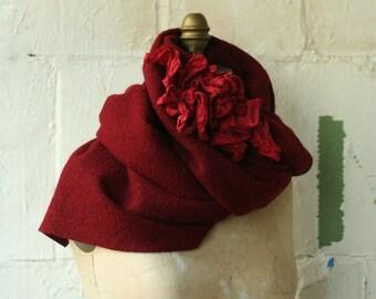 Wool Scarf in Scarlet