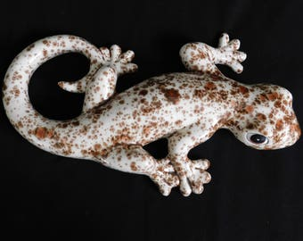 Large Camo Sand Gecko - Wall Hanging - Garden Decor - Home Decor