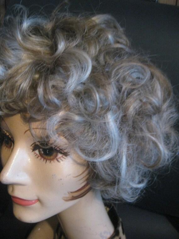 Short Hair Wig Blonde Eva Gabor 100/% Modacrylic Fiber Woman by Josef of Rome