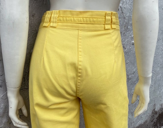 1970s Yellow Flared Pants Size XS S M Glam Rock D… - image 4