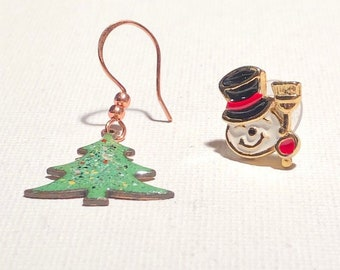 Vintage Christmas Earrings Mismatched. Christmas Tree and Snowman Head.