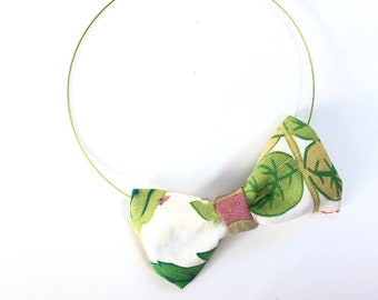 MeToo Necklace - NBowGrn10 - Bow Tie Necklace Upholstery Fabric in green and white. Unique.