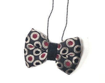 MeToo Necklace - NBowBlck5 - Bow Tie Necklace Upholstery Fabric in black and red. Unique.