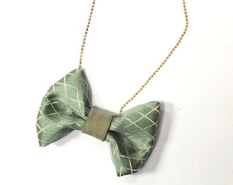 MeToo Necklace - NBowGrn2 - Bow Tie Necklace Upholstery Fabric in green and beige. Unique.