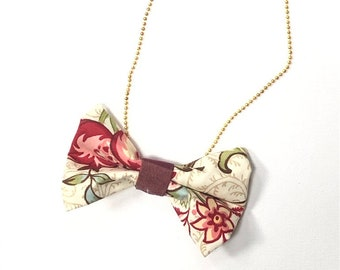 MeToo Necklace - NBowRd9 - Bow Tie Necklace Upholstery Fabric in red and green. Unique.