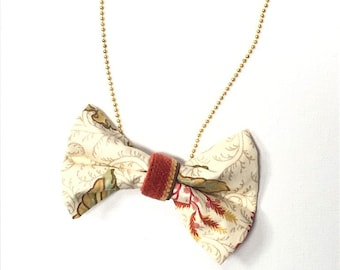 MeToo Necklace - NBowRd5 - Bow Tie Necklace Upholstery Fabric in cream, red and green. Unique.