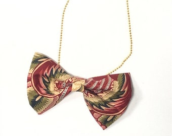 MeToo Necklace - NBowRd7 - Bow Tie Necklace Upholstery Fabric in red and green. Unique.
