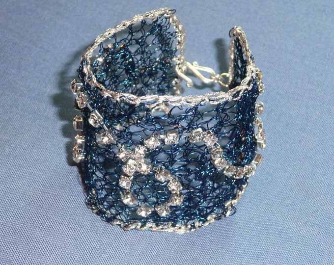 Hydra - Statement crochet wire cuff bracelet in blue and silver tones.
