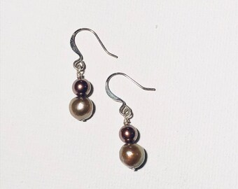 Elegance. Brown pearls earrings.