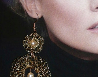 Aragon - Gold plated wire chandelier crochet earrings and vintage pearls. Statement. Elegant.