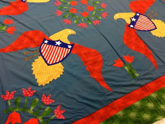 Wonderful dancing eagles quilt top 4 eagles and foloral etsy