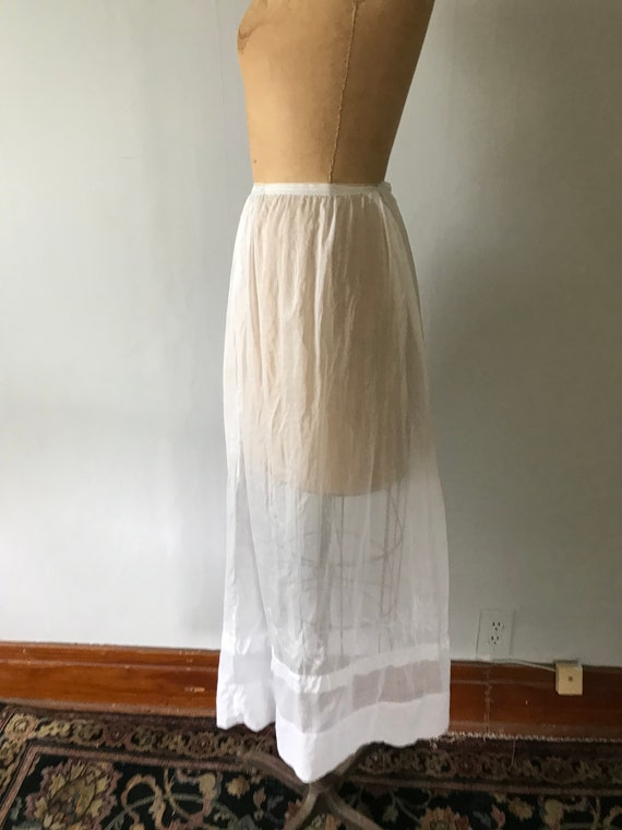 Antique Edwardian Sheer Cotton Embroidered Skirt … - image 5