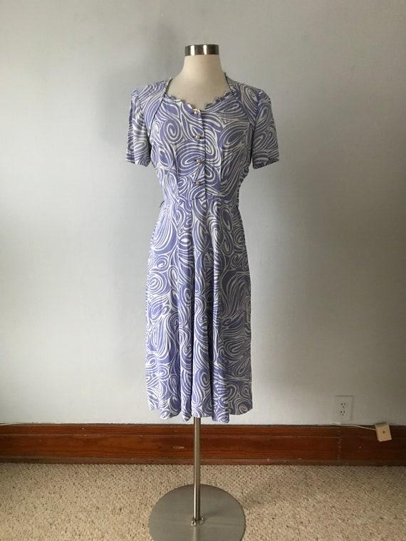 Vintage 1940s Women's Lavender Swirl Print Dress
