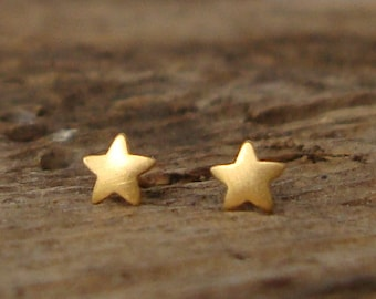 Extra Tiny Star Earrings Star Studs in solid Gold Earrings Stars minimal earrings Star Post earring Rose Gold Star Solid gold earring