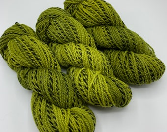 highland wool worsted - frog juice