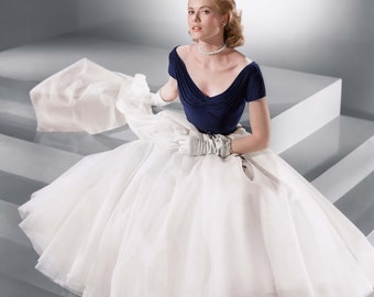 d1c08e18af 1950s Grace Kelly Dress from Rear Window... Gorgeous near-Replica with FULL  Tulle Layered Skirt...Vintage Wedding   Hollywood Party.