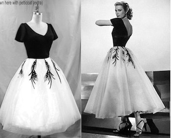 PLUS Size 1950s Grace Kelly Dress... from Rear Window... Gorgeous interpretation with FULL Tulle Layered Skirt...