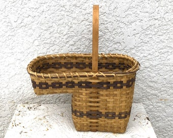 Vintage Wood Slat Stair Step Basket, Chain Link Pattern   Dark Brown,  Lightweight,