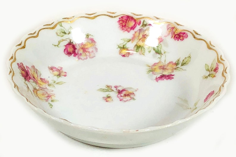 Antique Haviland /& Co Scalloped Rim Double Wavy Gold Border Fruit  Dessert Bowl French 1900/'s Pink and Yellow Roses