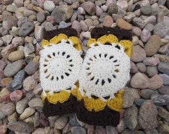 Mandala Bohemian Style Fingerless Gloves - Crochet Wrist Warmers - Boho