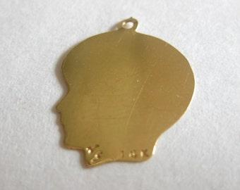 10K Plain Medium .013 Gauge Facing Right Engravable Girl Head Charm