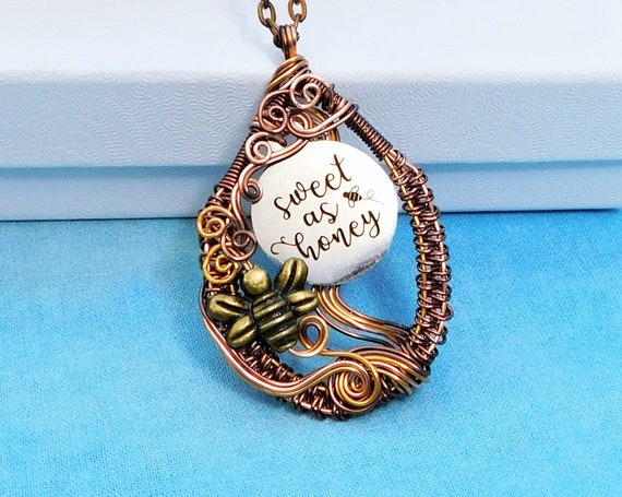Artisan Crafted Bee pendant, Unique Copper Wire Wrapped Honeybee Necklace, One of a Kind Artistic Bumblebee Jewelry Gift for Beekeeper