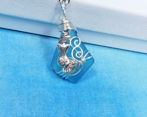 Unique Wire Wrapped Mermaid Sea Glass Necklace, Artisan Crafted Blue Beach Theme Jewelry, Artistic Handmade Ocean Mermaid Pendant for Women