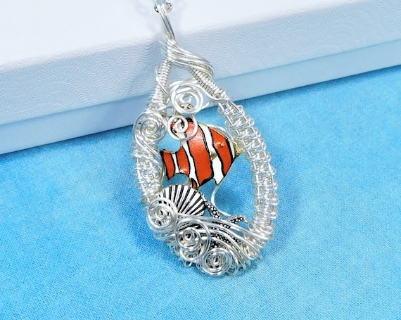 Swimming Clown Fish Necklace, Fun Beach Jewelry, Whimsical Clown Fish Pendant, Ocean Theme Wearable Art, Seaside Vacation Jewelry Gift
