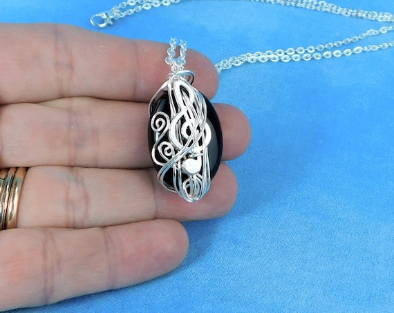 Treble Clef Necklace Gemstone Jewelry for Music Teacher, Musical Staff Black Onyx Pendant Present for Musician Pianist or Piano Player