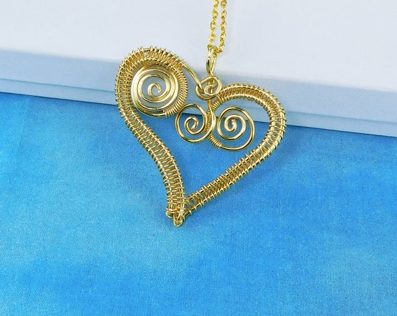 Unique Woven Wire Wrapped Gold Tone Heart Necklace, Artisan Crafted Handmade Pendant, Artistic Romantic Present for Wife or Girlfriend