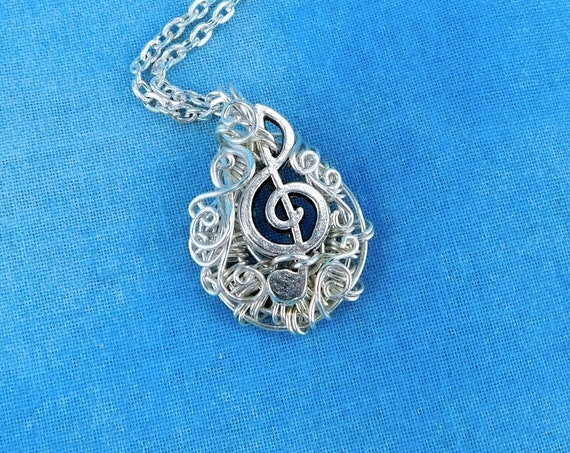 Treble Clef Necklace Music Teacher Gift, Musical Pendant Musician Jewelry for Piano, Orchestra or Band Teachers, Present for Music Lovers