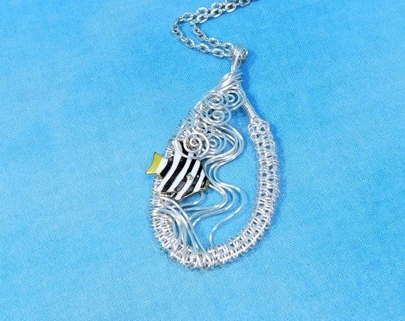 Swimming Tropical Fish Necklace, Unique Wire Wrapped Beach Jewelry, Whimsical Ocean Theme Pendant, One of a Kind Wearable Marine Art Present