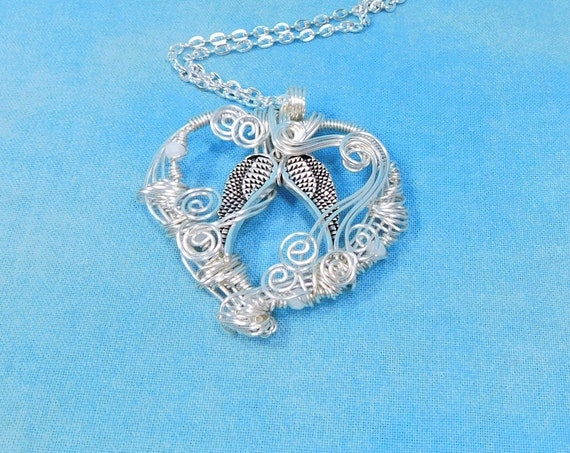 Artistic Angel Wings Necklace, Wire Wrapped Heart Angel Wings Pendant, Artisan Crafted Memorial Jewelry Present for Sympathy Gift for Women